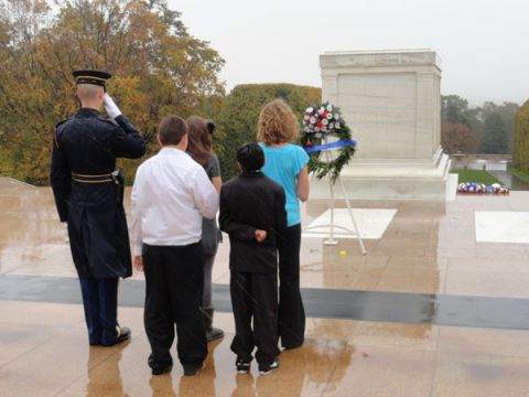 TMS_Washington_DC-Philadelphia_Tomb_of_Unknown_Soldier