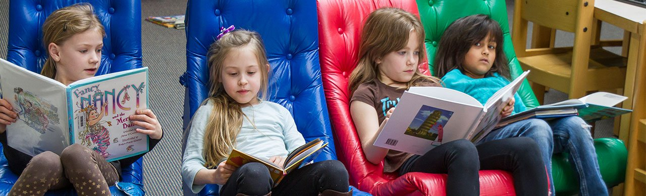 Lannon-Girls-Reading-In-Game-Rockers