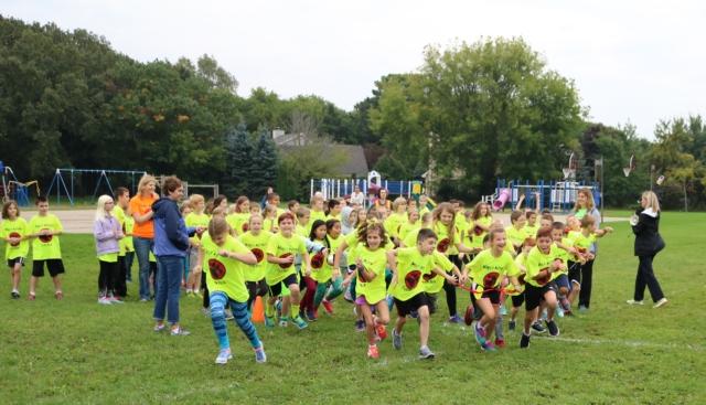 Maple Avenue Fun Run - Yellow Shirts